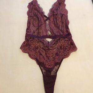 3d5f83445 Victoria s Secret Intimates   Sleepwear - ✨VS Dream Angels Wicked Plunge  Teddy✨